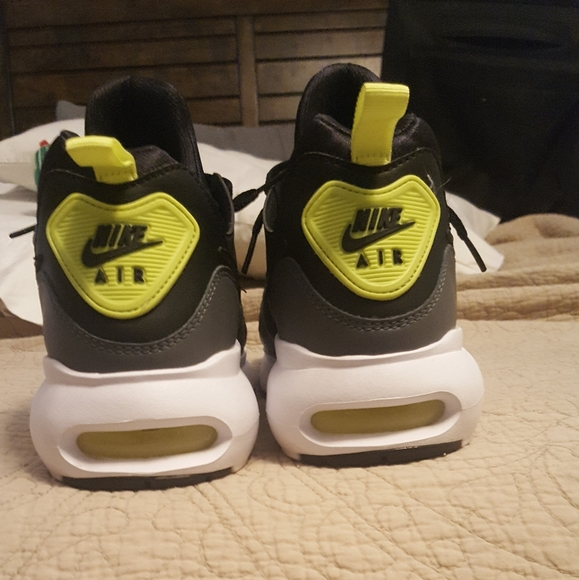 fluir Perder De trato fácil  Nike Shoes   Nike Air Max Prime   Poshmark
